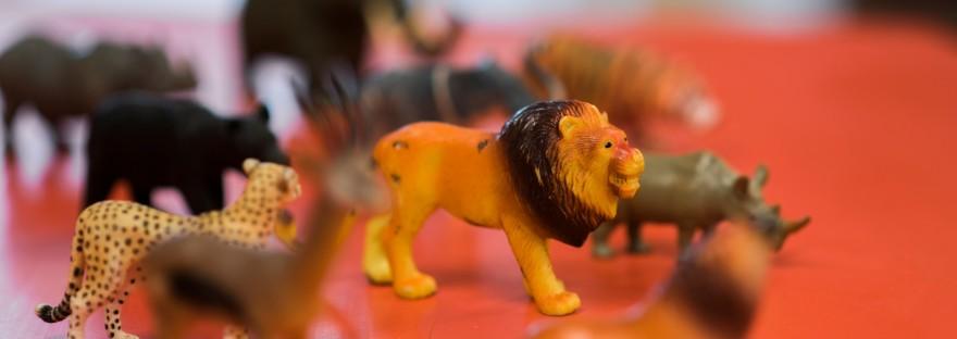 Animal play figures
